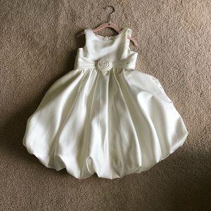 Gently used flower girl dress